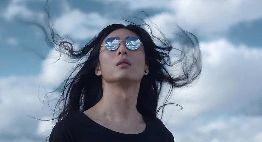 Future Glasses: Maison Martin Margiela + MYKITA