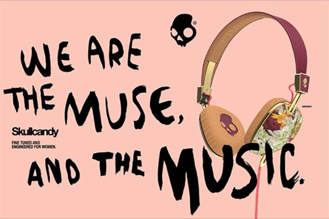 Chicas, ya hay unos auriculares sólo para vosotras!