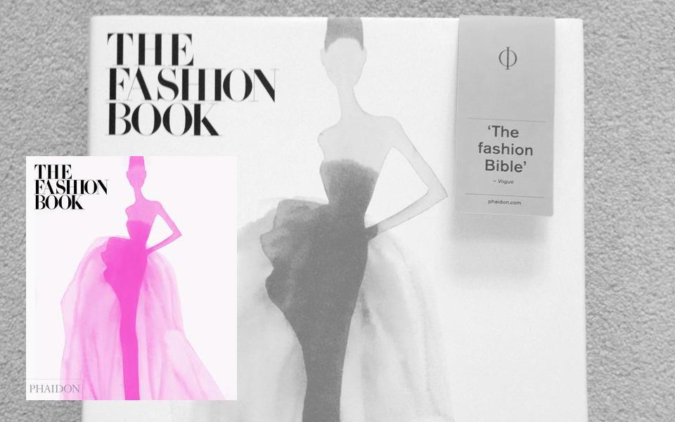 The Fashion Book en formato mini