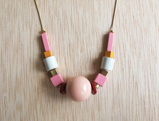 emak-bakia-necklace-1.jpg