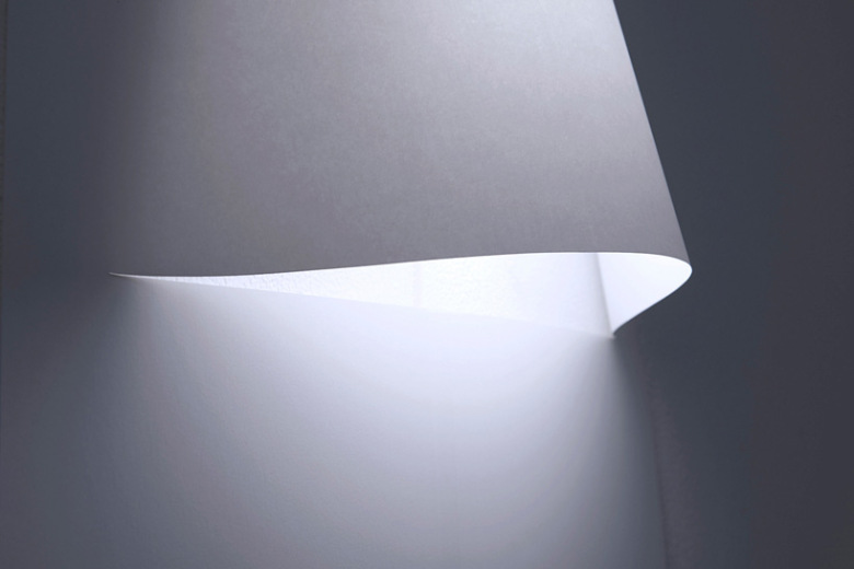 yoy-design-studio-creates-a-poster-lamp-from-a-single-sheet-of-paper-7