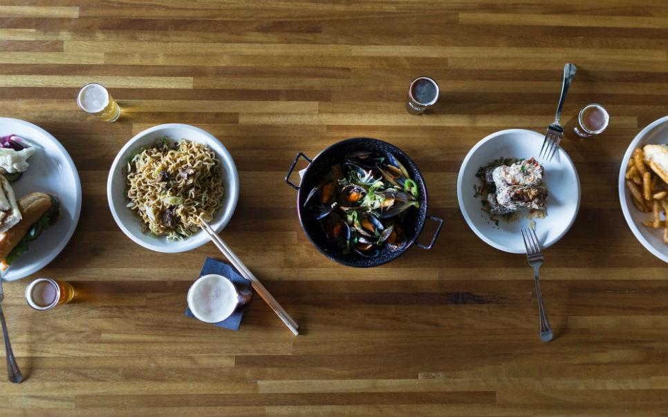 BlackLab Brewhouse, cervezas artesanas y recetas asiático-americanas