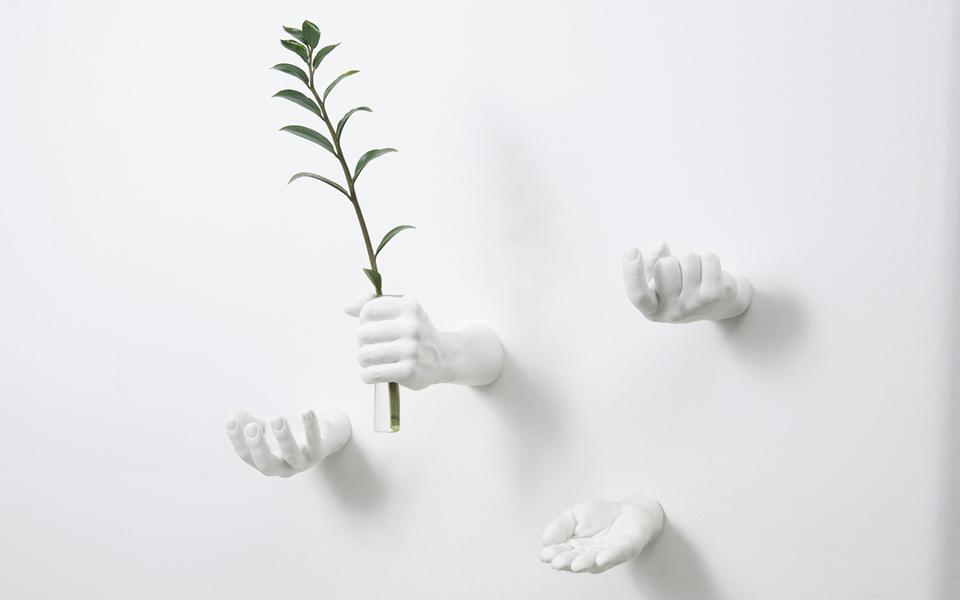 Reality-Hand-Hook-01
