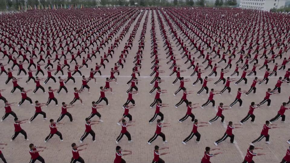 36.000 estudiantes protagonizan el nuevo vídeo de MIA