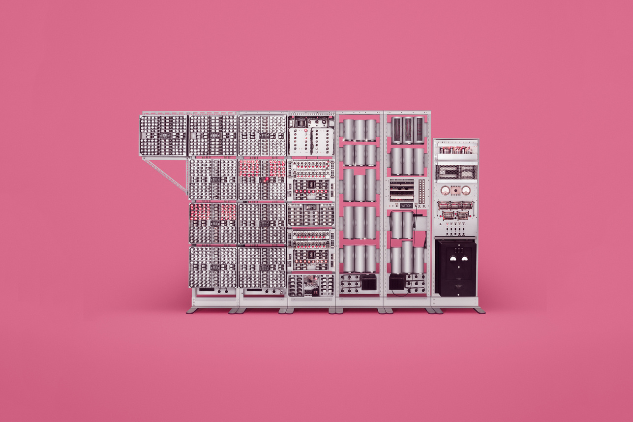check-out-the-earliest-computers-in-existence-2
