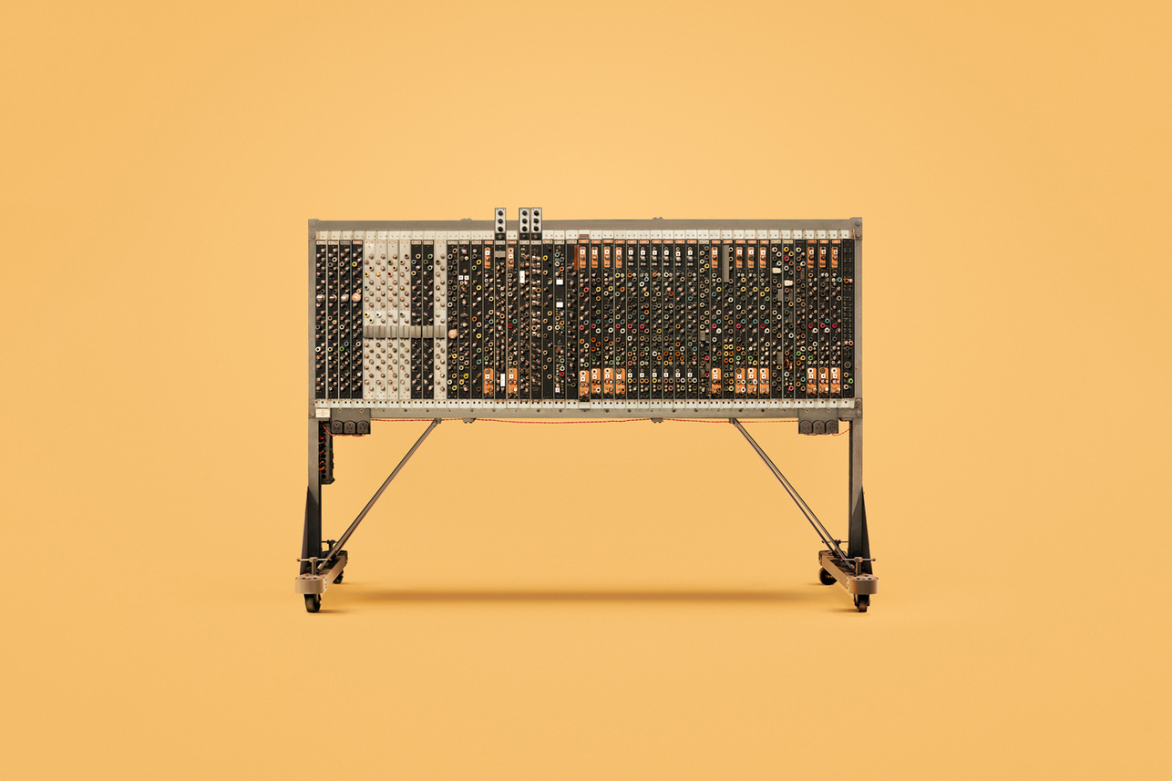 check-out-the-earliest-computers-in-existence-7