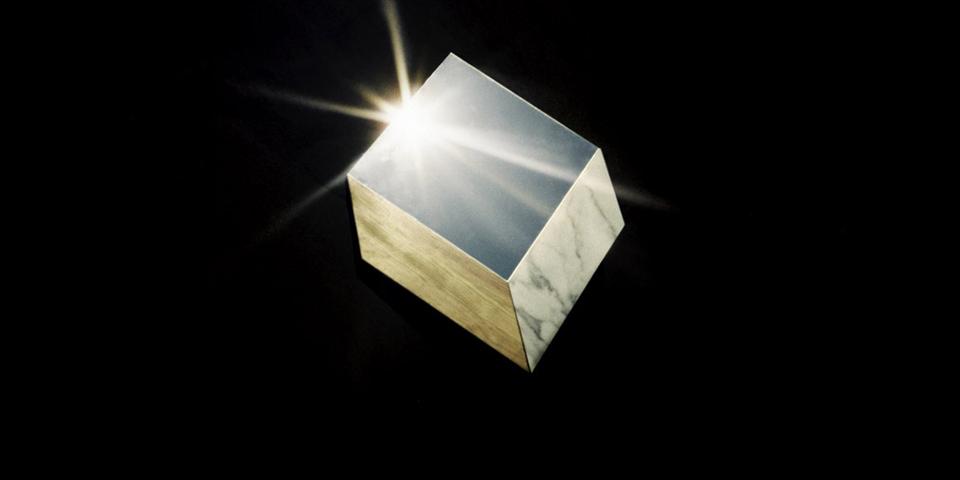 Pinassa, espejos cotidianamente surrealistas