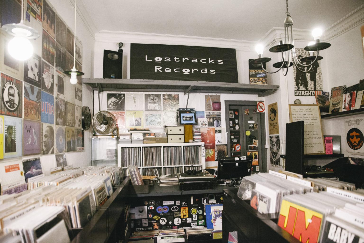 tiu-galerias-tiendas-de-discos-barcelona-losttracks3-1536x1024