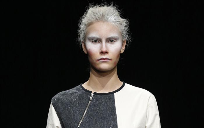 Oscarleon: premio al mejor diseñador en la o8o Barcelona Fashion