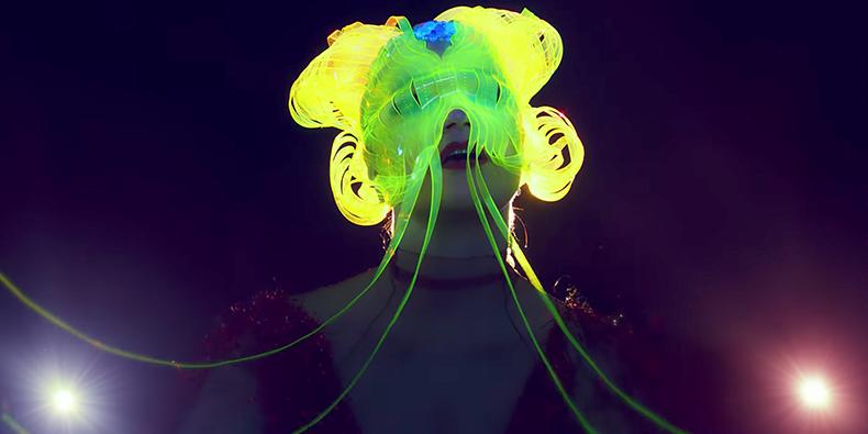La mágica Björk nos atrapa con el videoclip de Notget