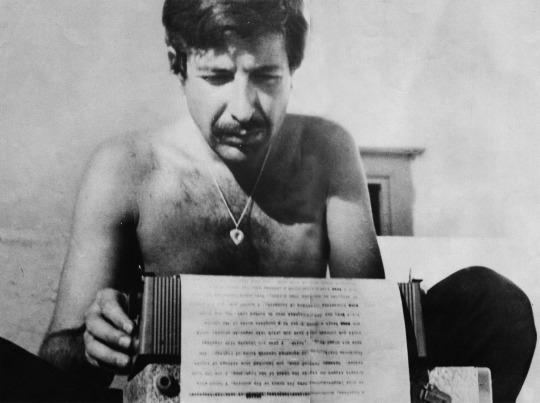 The Flame, los poemas póstumos de Leonard Cohen