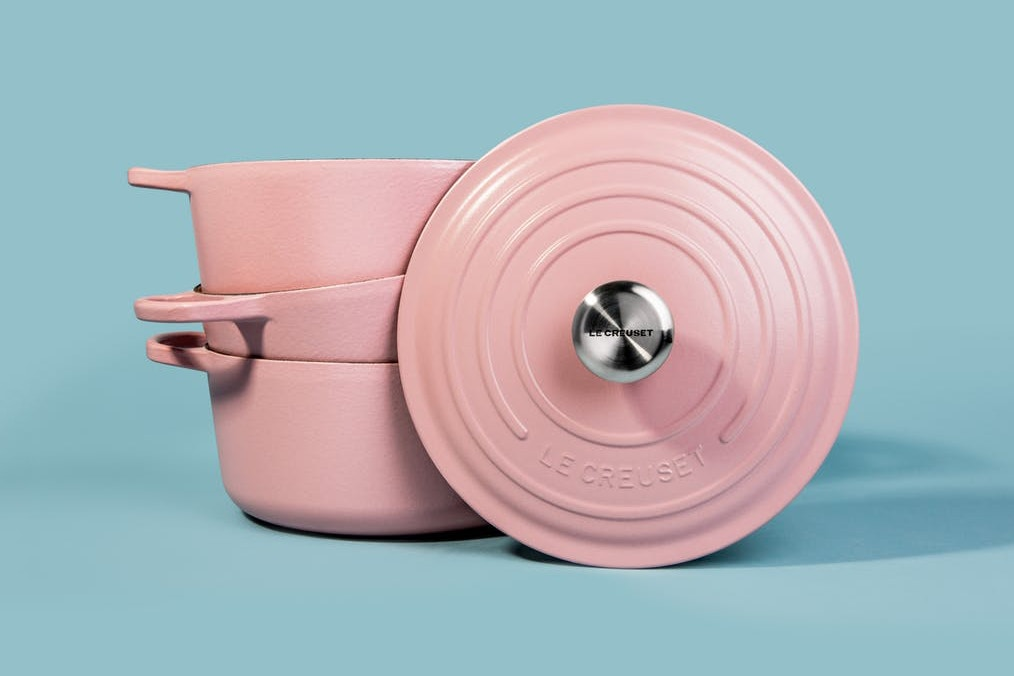 http-bae-hypebeast-comfiles201709le-creuset-millennial-pink-cookware-1