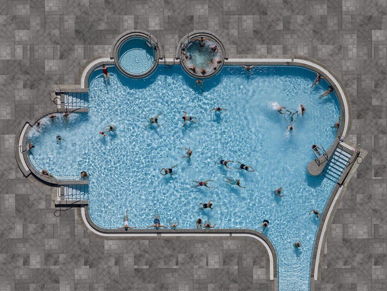 Chapuzón estival en las piscinas aéreas de Stephan Zirwes