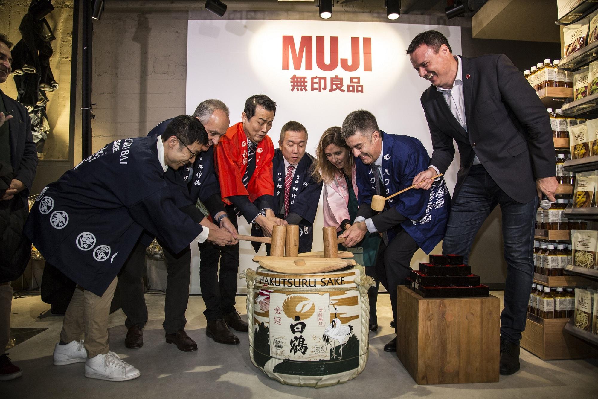 MUJI_Ceremonia del Sake