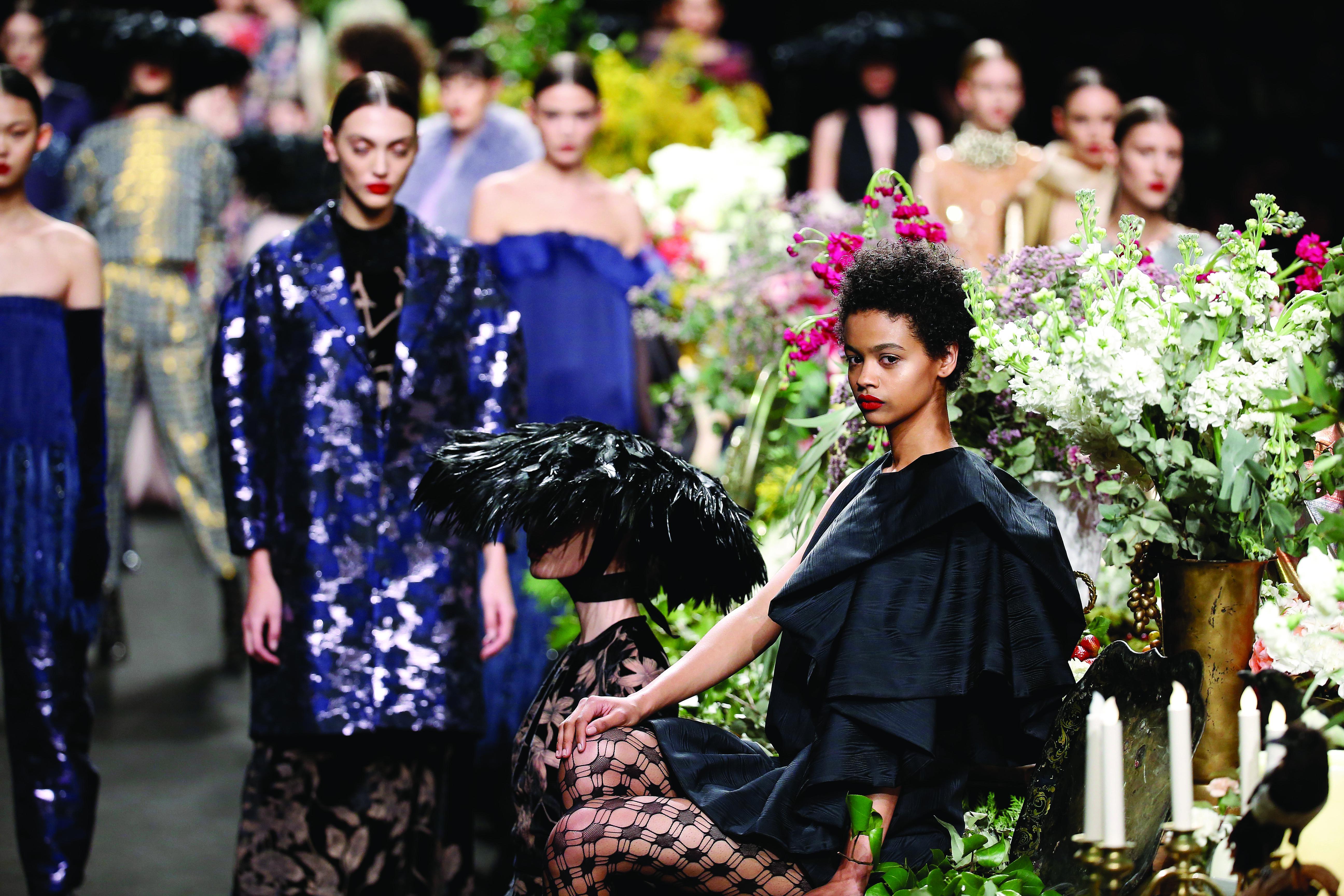 Duyos homenajea a los Paradores nacionales en su apuesta para la FW19-20 en la Mercedes Benz Fashion Week Madrid