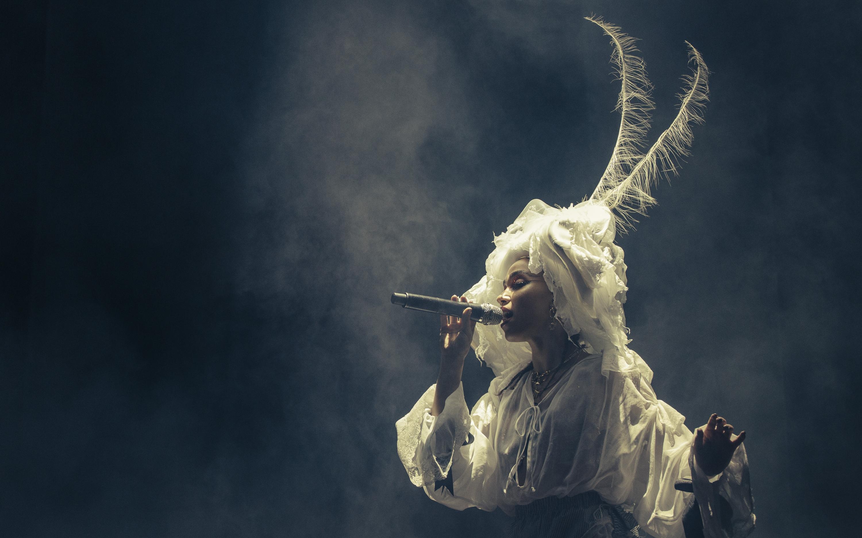 'Magdalene', la performance de FKA twigs que nos dejó sin aliento