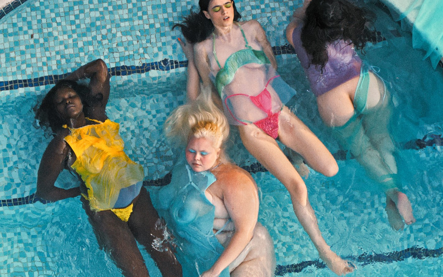 Sinéad O'Dwyer celebra el cuerpo femenino en su premiada campaña SS20