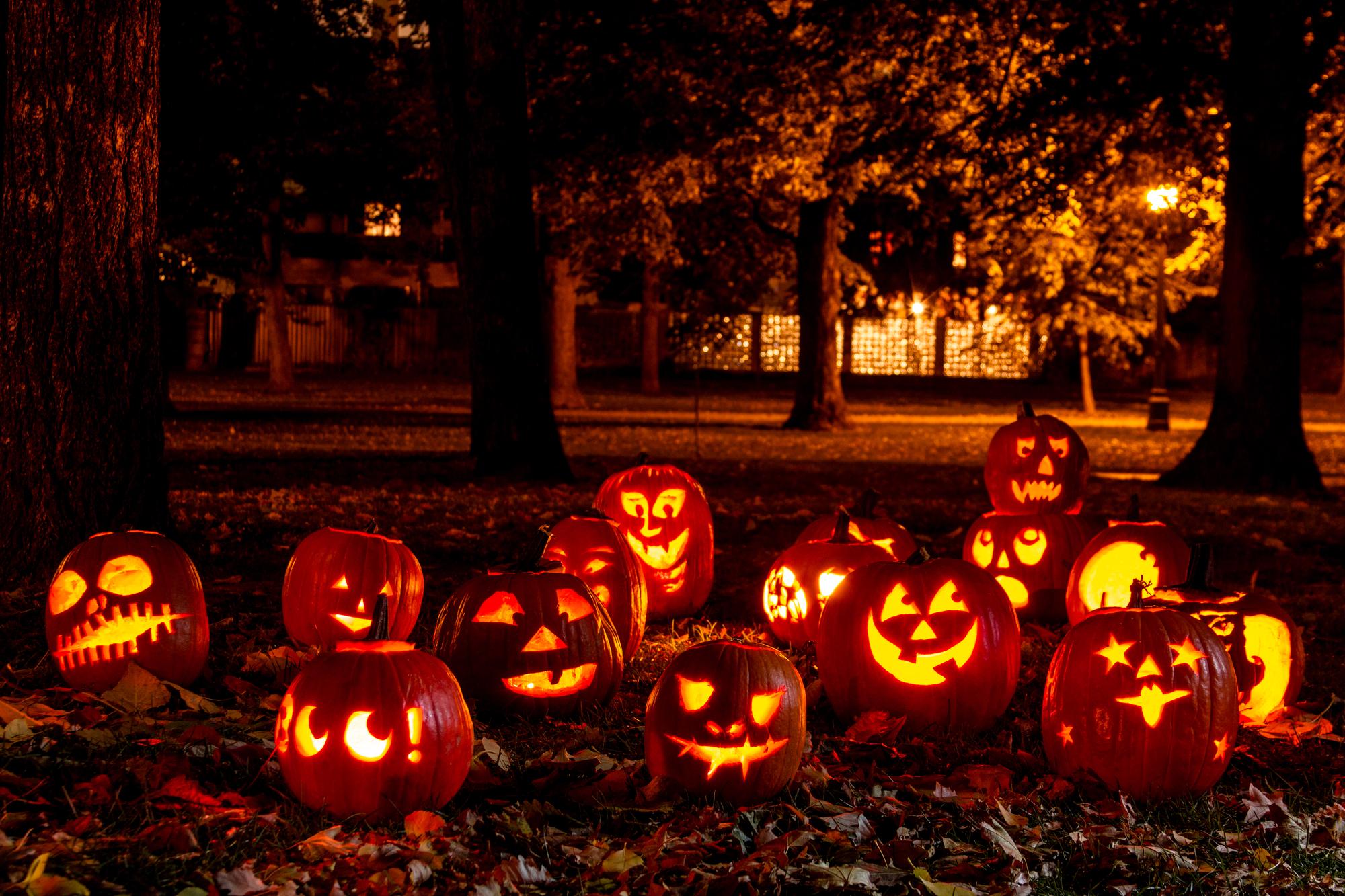 7 planes de Halloween para fiesteros, cinéfilos, sibaritas y los que pasan del tema