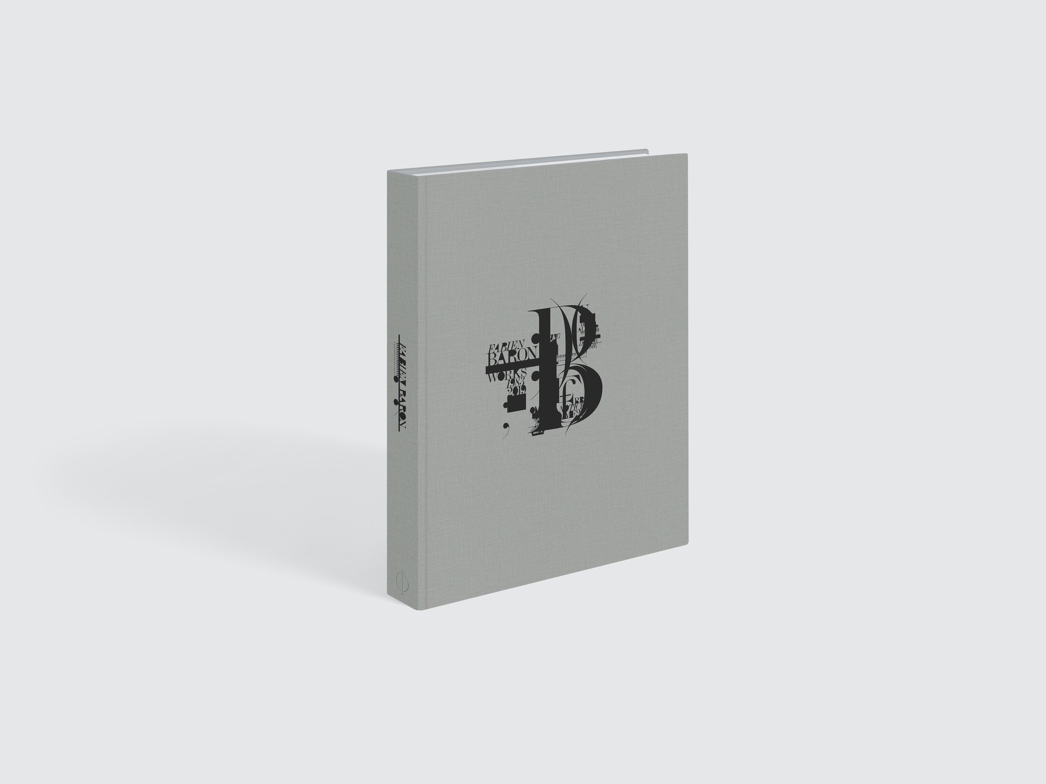 Fabien-Baron-The-Collected-Works-EN-4657-Standing-REV