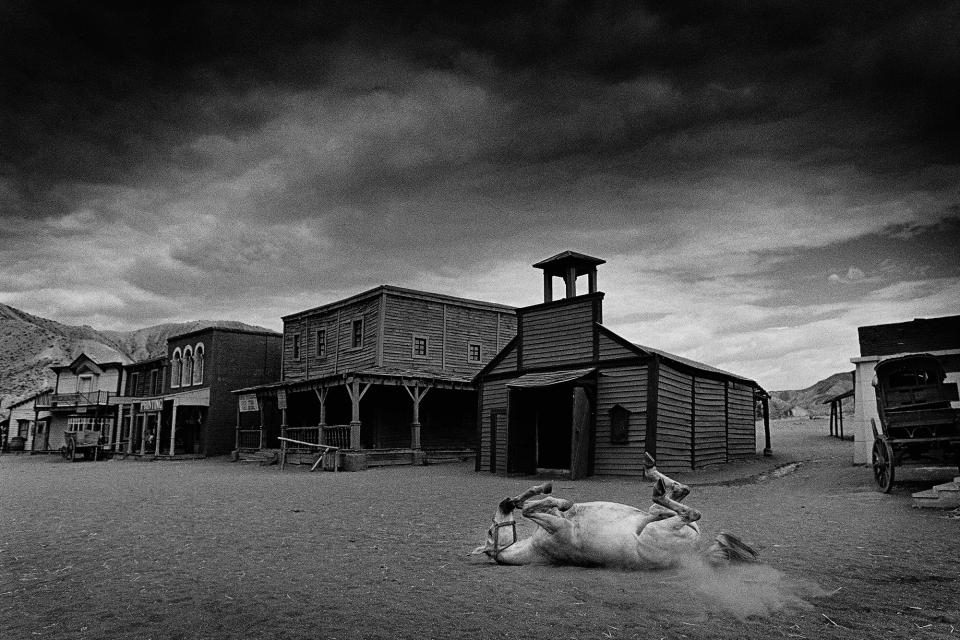 Foto Colectania vuelve con 'Basado en historias reales', la cara oculta de las fotografías