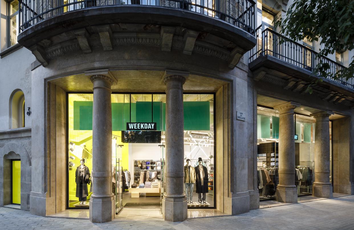 Weekday_Barcelona_Facade_Landscape_