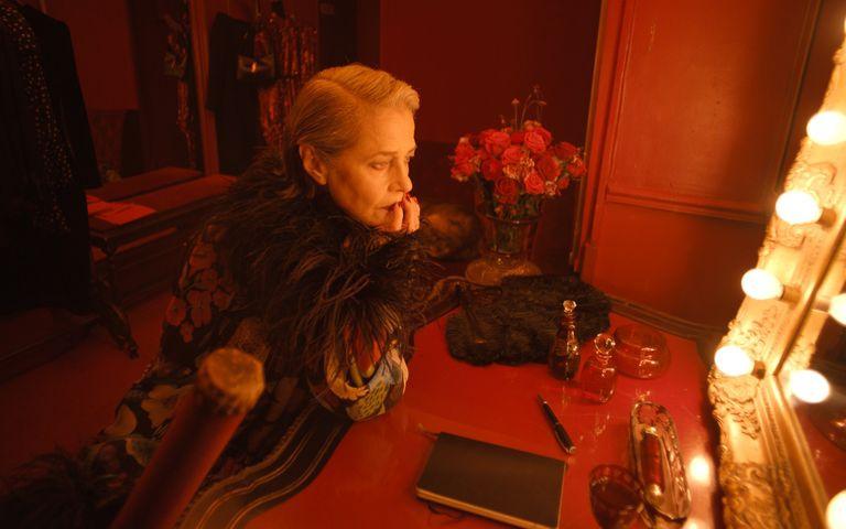 Gaspar Noé y Saint Laurent nos sumergen en un mundo de misterio y sensualidad