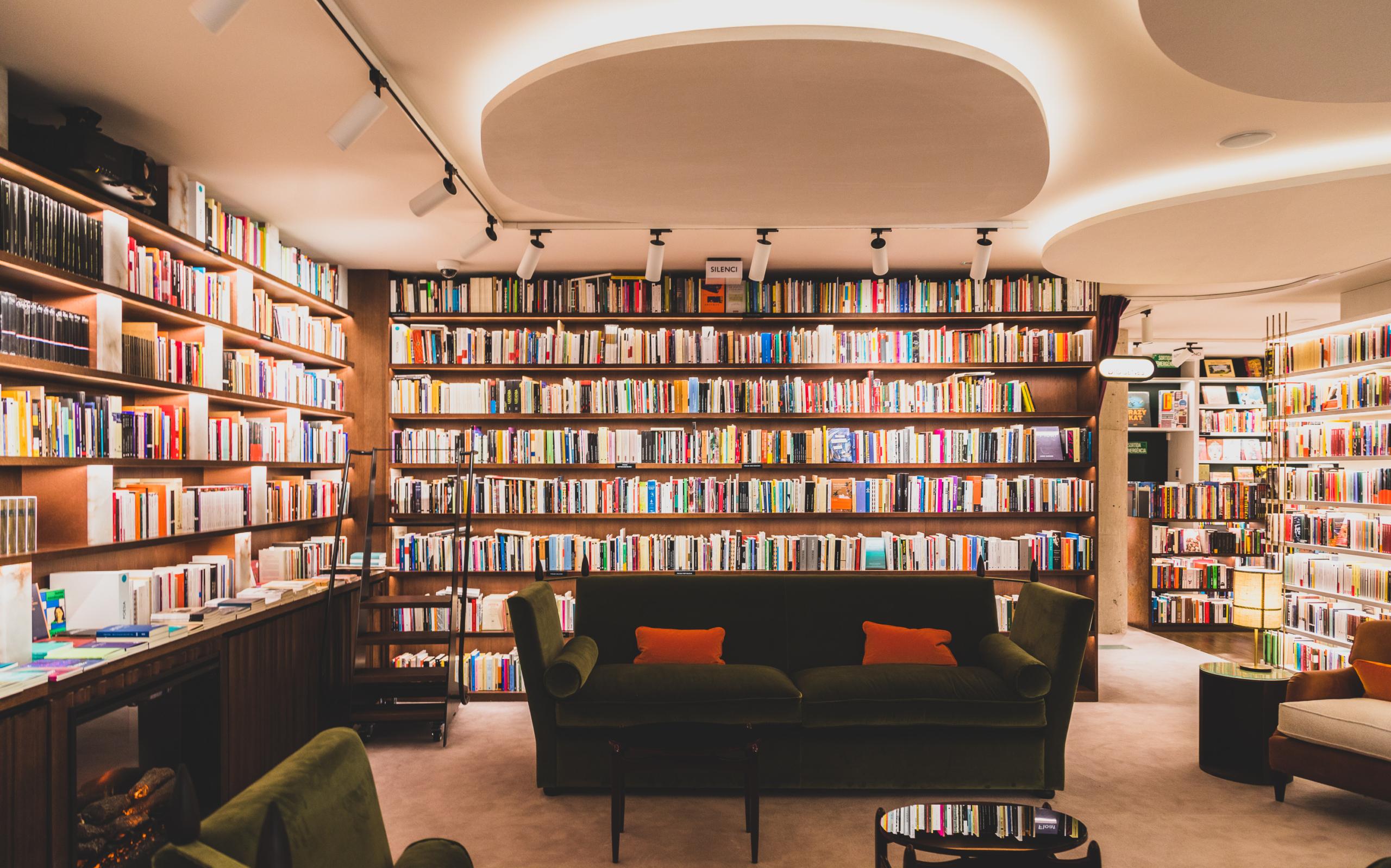 Nace FINESTRES, una librería rebosante de ambición en pleno centro de Barcelona