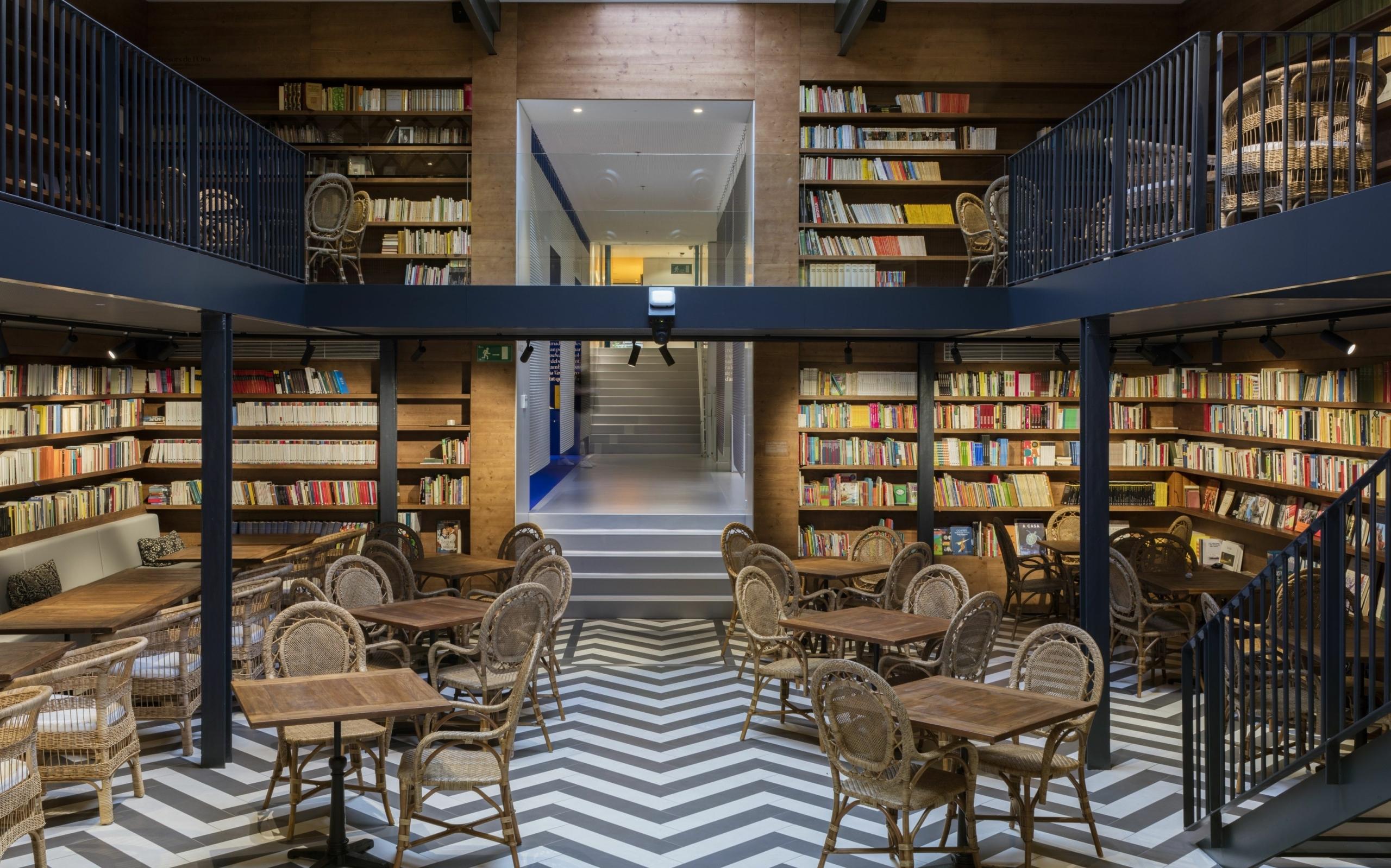 9 librerías para apoyar al  comercio local este Sant Jordi 2021 en Barcelona