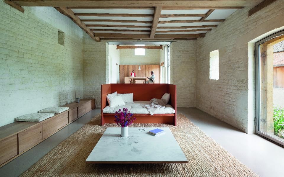 014 a farmouse sitting room